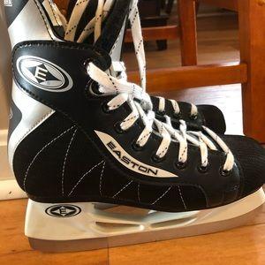 Easton Shoes - Easton Hockey skates size 4D
